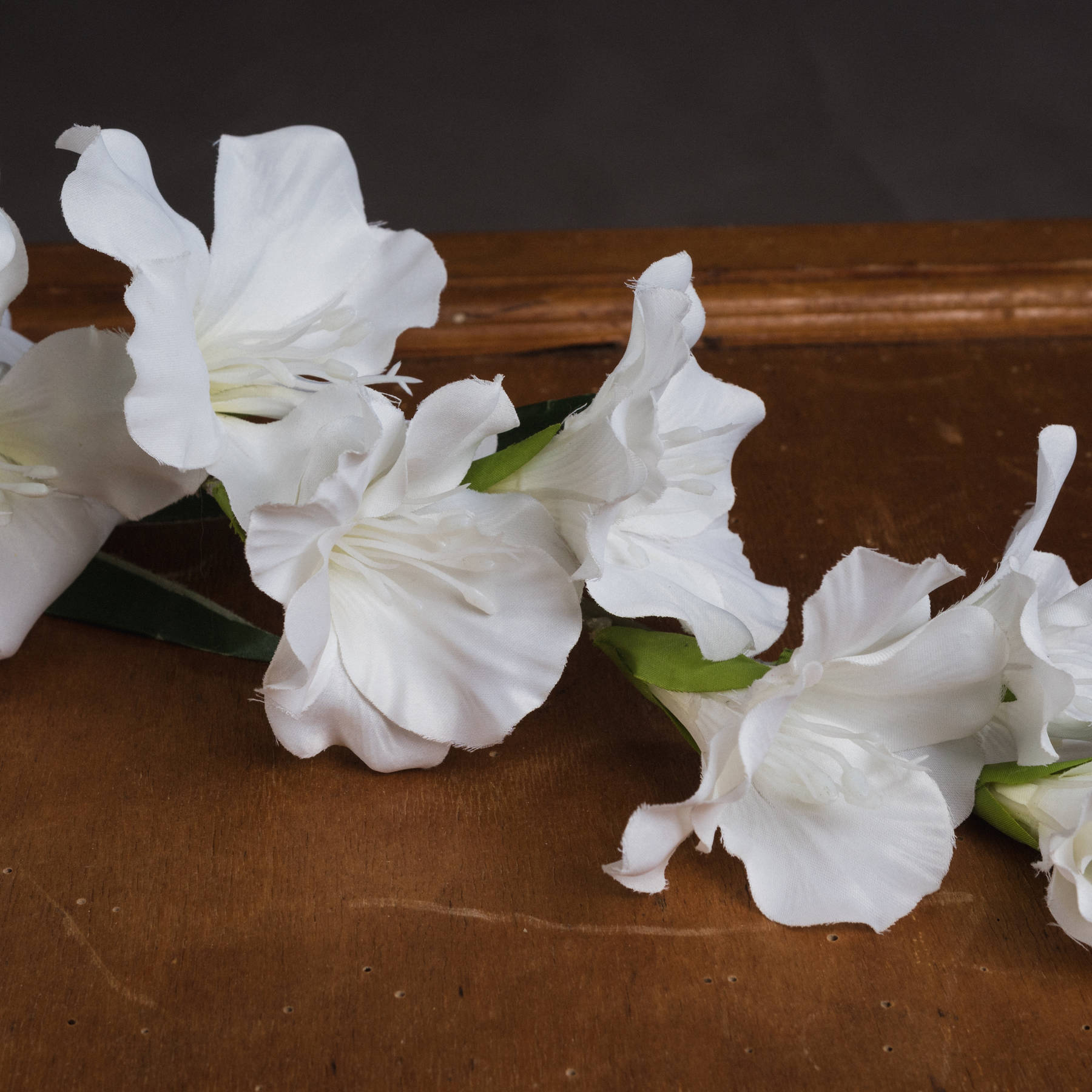 White Gladioli - Image 3