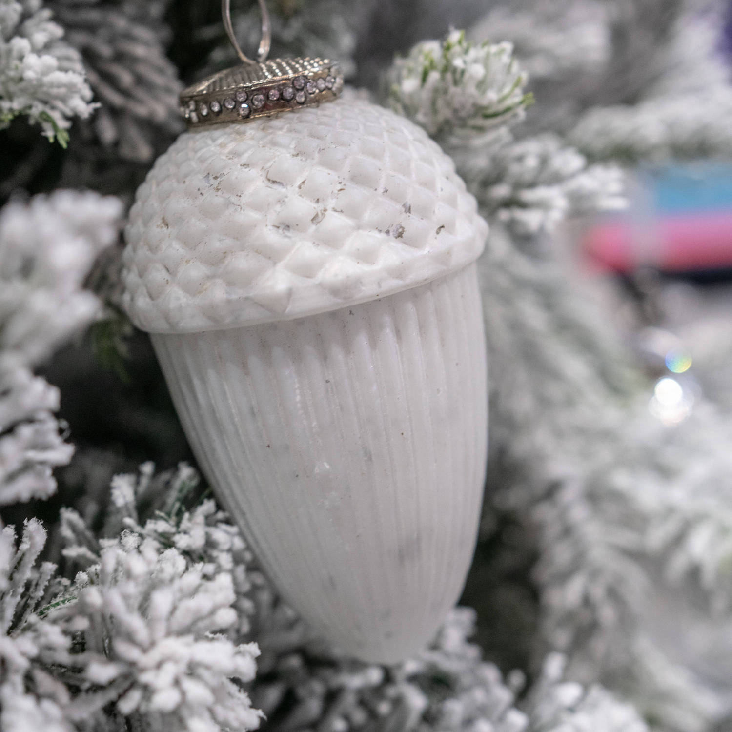 The Noel Collection Large White Hanging Acorn Decoration - Image 3