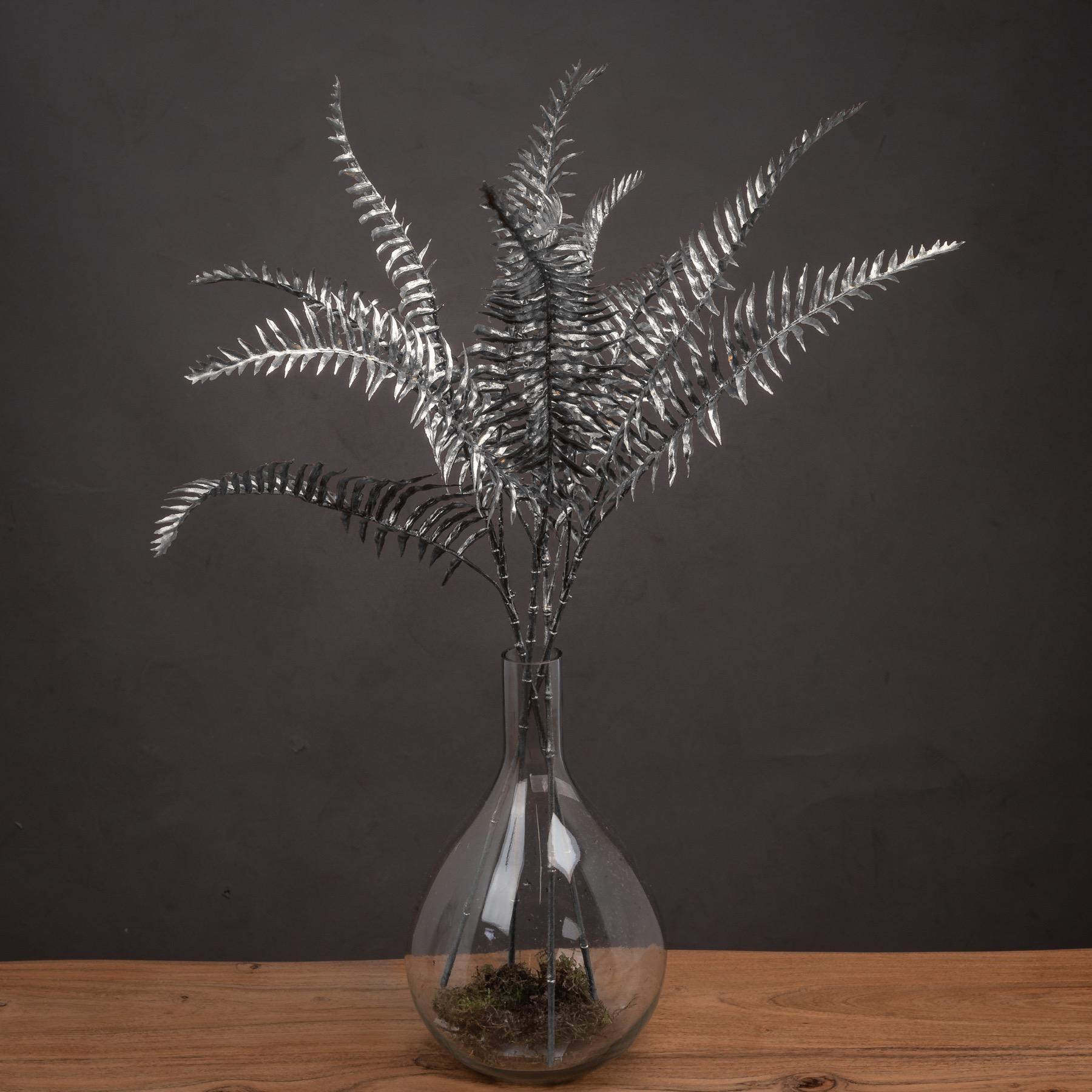 Silver Fern Spray - Image 1