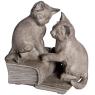 2  Cats  On  Book