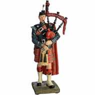 Royal  Scots  Borderer  Piper  Figurine