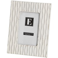 Cream  'vertical  Wave'  Photo  Frame