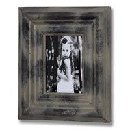 Distressed  Moulded  Photo  Frame