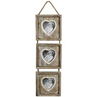 Triple  Hanging  Heart  Frame
